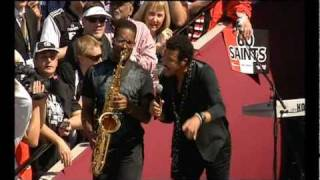 Lionel Richie - Easy (Live at 2010 AFL Grand Final Replay) (2/10/2010)