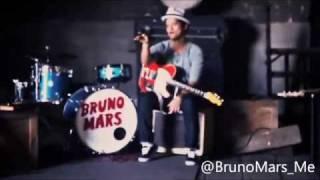 Watch Bruno Mars Gold video