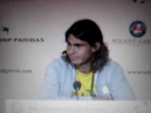 Rafa Nadal in english explains why not to read the Da Vinci