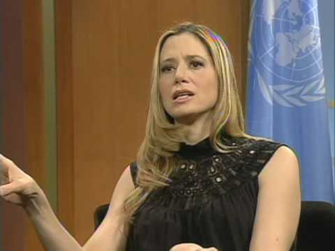 Mira Sorvino named UN Goodwill Ambassador to combat human trafficking
