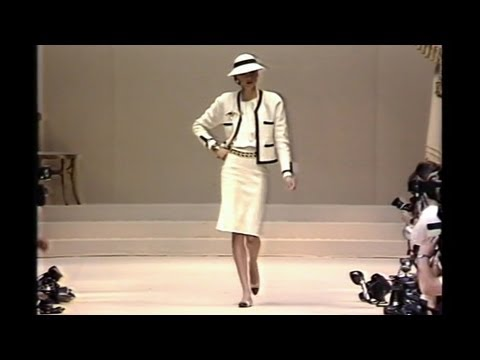 The jacket - Inside CHANEL