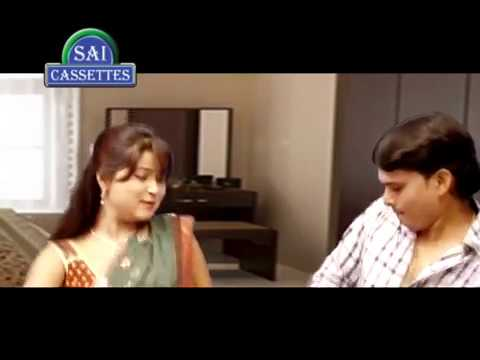 Bhojpuri Aunty And Young Boy Enjoy Alone At Home - Bhojpuri Aunty Hot Scene video