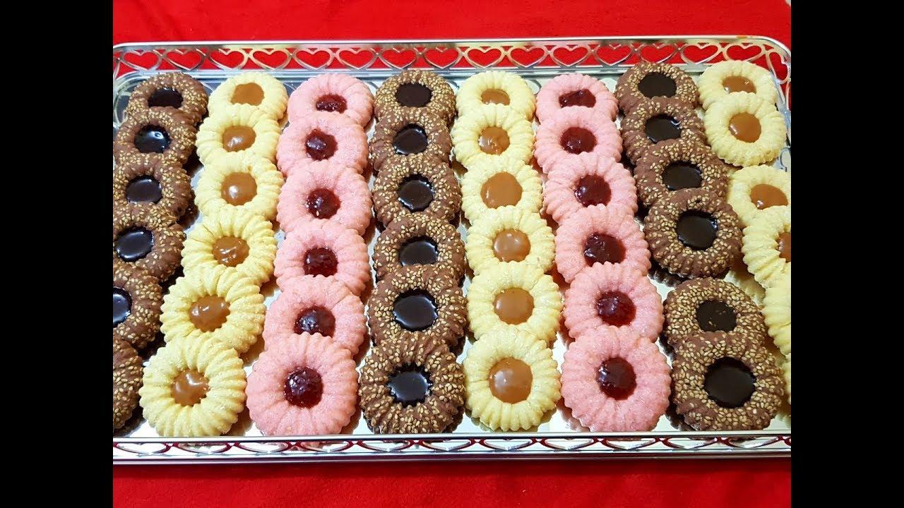 حلوى جافة بالفلان تذوب في الفم ببيضتين فقط و كمية وفيرة ب 3 نكهات مع طبخ ليلى