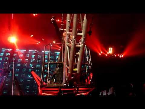 Motley Crue - Kickstart My Heart Live Ericsson Globe Arena, Sweden - The Final Tour 2015-11-16
