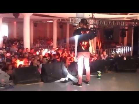 Cosculluela – En Vivo en México (Opening DJ Acme) (2016) videos