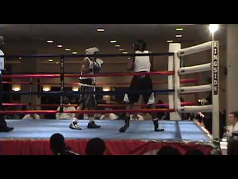 2009 DC Silver Gloves Mike Reed vs. Kendall Brooks Video