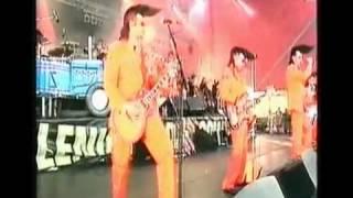 Watch Leningrad Cowboys La Doga Beach video