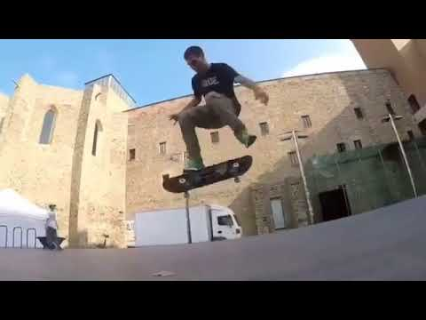 Flat tricks @cristian_vannella 📲: @brothersk8 #skateboarding   Shralpin Skateboarding