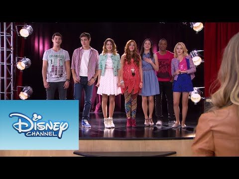 Violetta: Video Musical ¨Algo se enciende¨