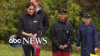 Harry, Meghan join 'welly wanging' contest in New Zealand