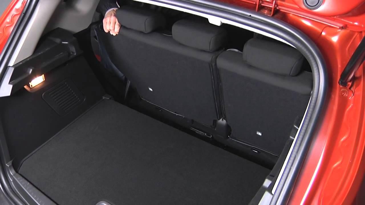Renault captur modelo 2013 interior y maletero youtube for Interior renault captur