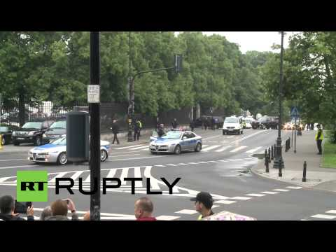 Poland: Obama arrives for talks in Warsaw