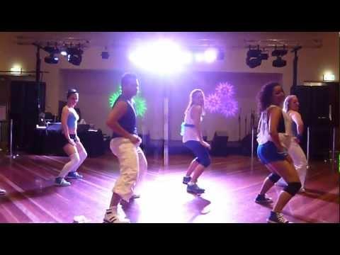 RakaTa (Reggaeton)  Melbourne Latin Festival 2013 - Rakata y...