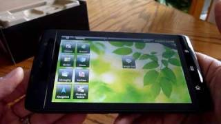 "Dell Streak 5"" widescreen tablet/smartphone on Rogers"