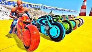 HOMEM ARANHA BATMAN E HOMEM DE FERRO COM SUPER MOTOS! DESAFIO MOTOS COM HERÓIS NA RAMPA - IR GAMES