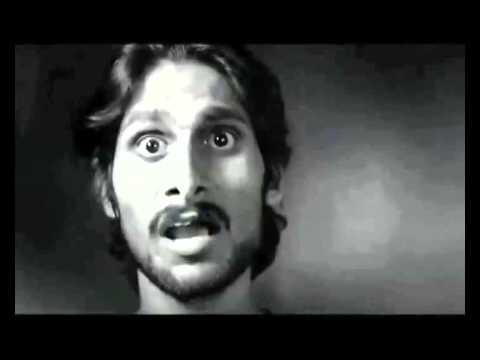 Mil Kar Aman Ka Deep Jalaayen... Saampradaayikta Ko Door Bhagaayen...