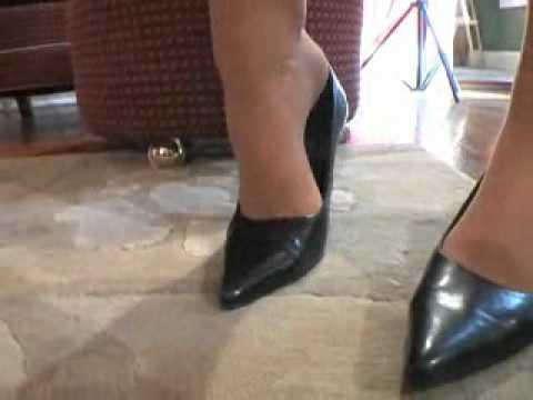 Footsie Matre Women video