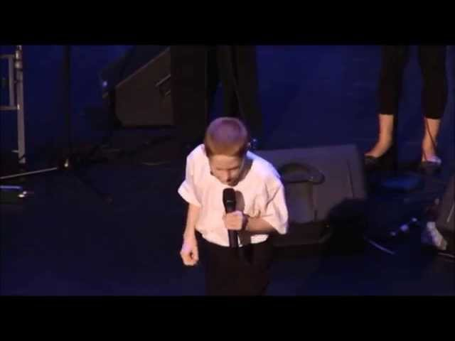 A 10 year-old autistic and blind boy singing. His voice shocked everyone.
