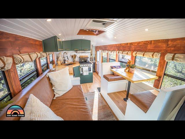 DIY School Bus Conversion W/ Gorgeous Kitchen & Luxurious Bathroom