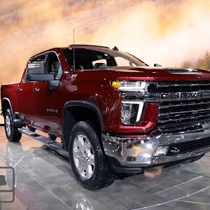 2020 Chevrolet Silverado 2500 3500 First Look Pickuptrucks Com Youtube