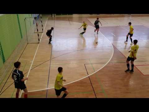 Futsal goalkeeper saves Luka Djordjevic