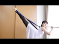 バレエのアラベスク3 - ゴムバンドを使って脚を上げる方法