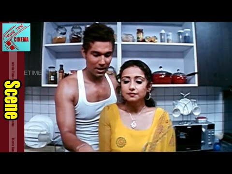 Randeep Hooda With Aunty Love Scene || Ayanaki Aaiduguru Movie || Riyasen