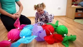 Mega Bomboane cu Surprize   Learn Colours with Melissa