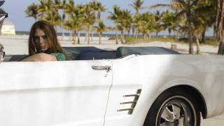 Go behind the scenes of our Miami photo shoot Thumbnail