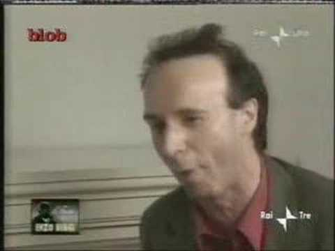 Roberto Benigni L'Elogio dell'Amore In Cambio di 300 000 Euro from YouTube · Duration:  4 minutes 5 seconds