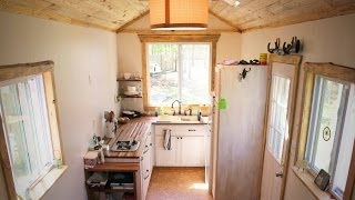 Tiny House Living with a FAMILY?- the ups and downs of dwelling small