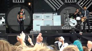 All Time Low Reading Festival 2010 - Damned If I Do Ya, Damned If I Don't