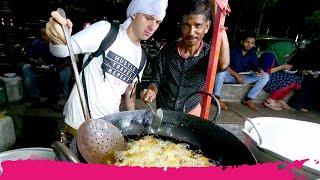 Kozhikode Beach INDIAN STREET FOOD - Kallumakkaya, Cassava Biryani & Sardine Curry | Kerala, India