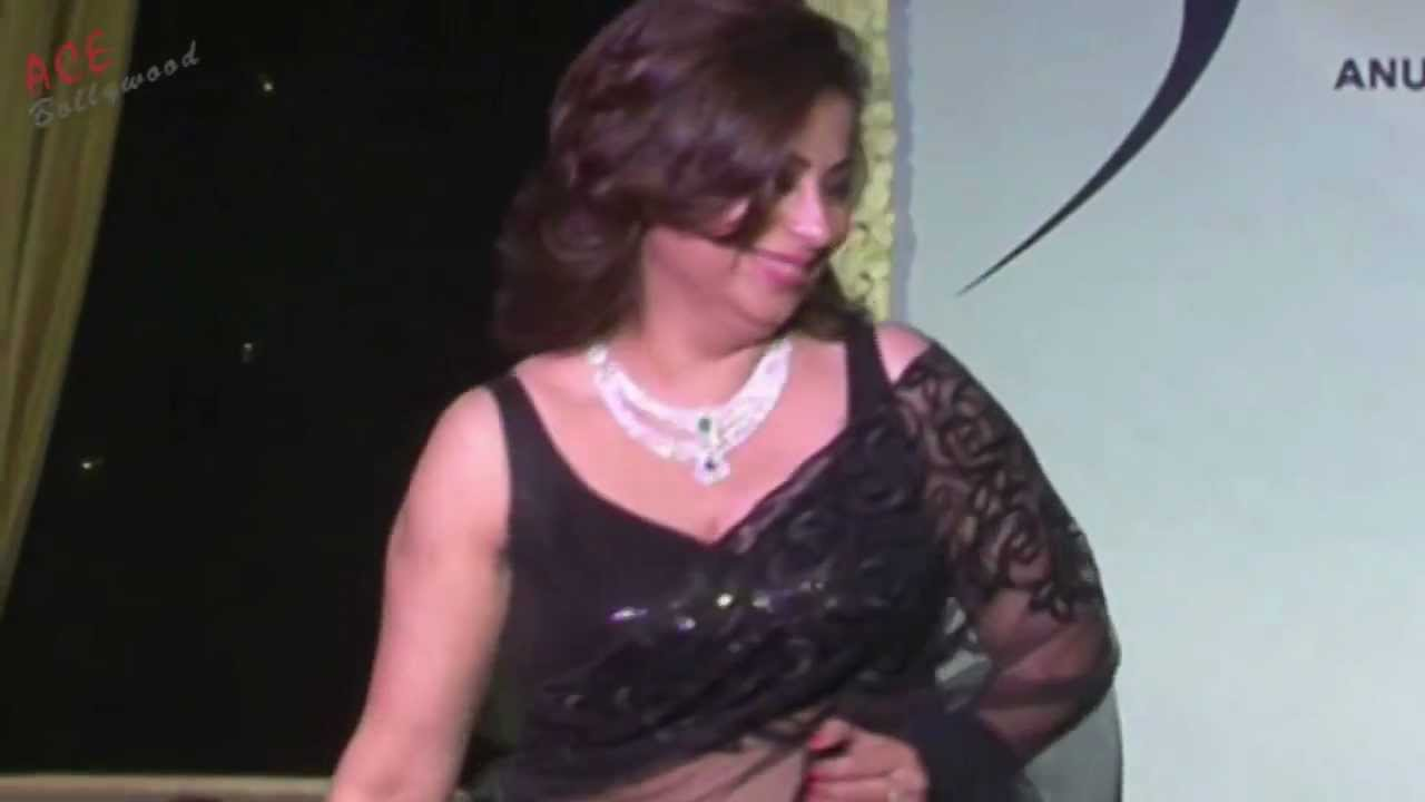 beautiful women at ramp walk in black saree - youtube