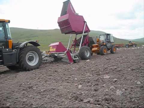 Raccoglisassi kongskilde stonebear doovi for Di raimondo macchine agricole