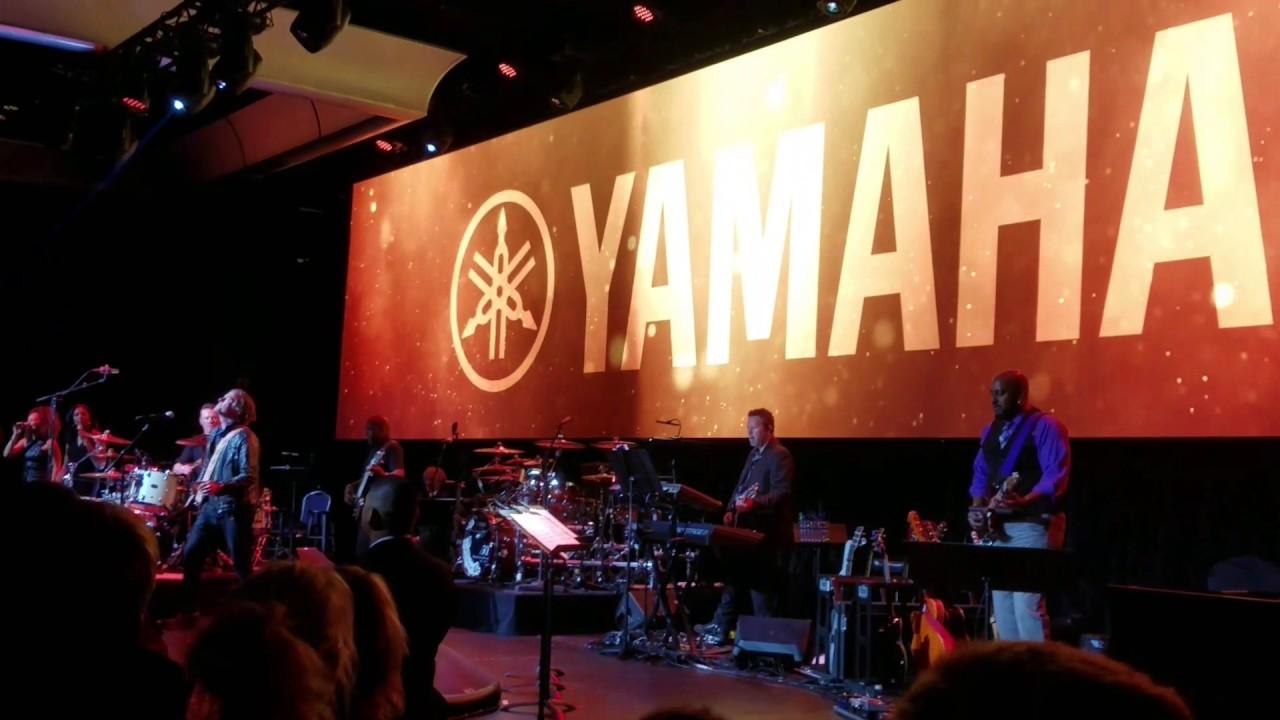 Yamaha honors Larry Mullen Jr  with Lifetime Achievement