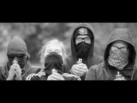 Waving the Guns - Endlich wird wieder getreten (Official Video)