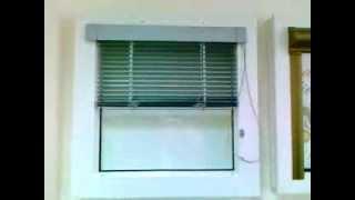 Установка горизонтальных жалюзи на пластиковые окна(Купить жалюзи и заказать установку жалюзи вы можете у производителя на сайте- http://tomandersson.ru/ Вы можете Абсолю..., 2013-12-17T15:21:35.000Z)