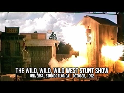 The Wild, Wild, Wild West Stunt Show at Universal Studios Florida | October, 1999