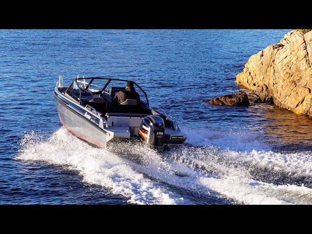 Buster XXL – Yamaha VMAX Edition