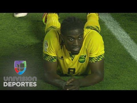 Jamaica perdona el gol del empate