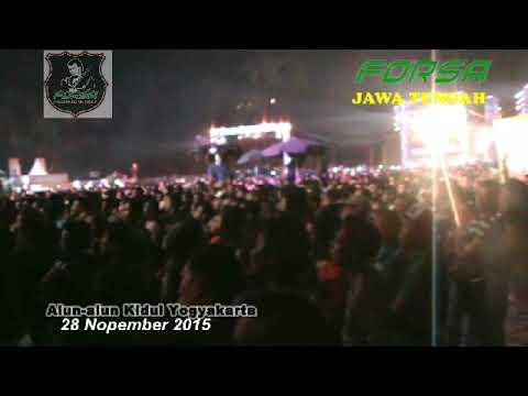 Lagu bencana Rhoma Irama mnctv roadshow Jogja