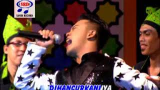 Danang - Resesi Dunia [Official Music Video]