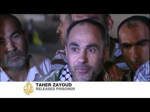 Israel frees Palestinian inmates before talks
