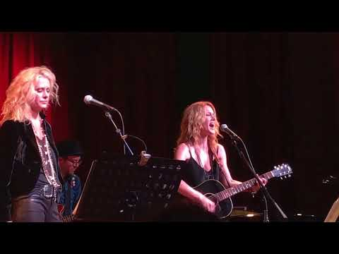 SHEL Lynne & ALLISON Moorer Alabama Song  Nashville, 1 September 2017