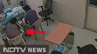 Repeat youtube video Caught on CCTV, woman doctor removed IV line for father
