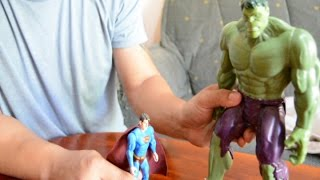 SUPERMAN VS HULK JUGUETES PARODIA