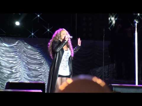 Mariah Carey Show Barretos Brazil 2010 - Hero [HD]