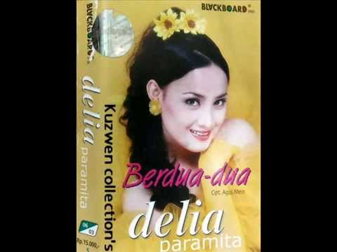 Berdua Dua - Delia Paramita