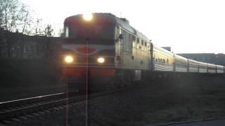 Пассажирский тепловоз ТЭП60-0391 со скорым поездом №39